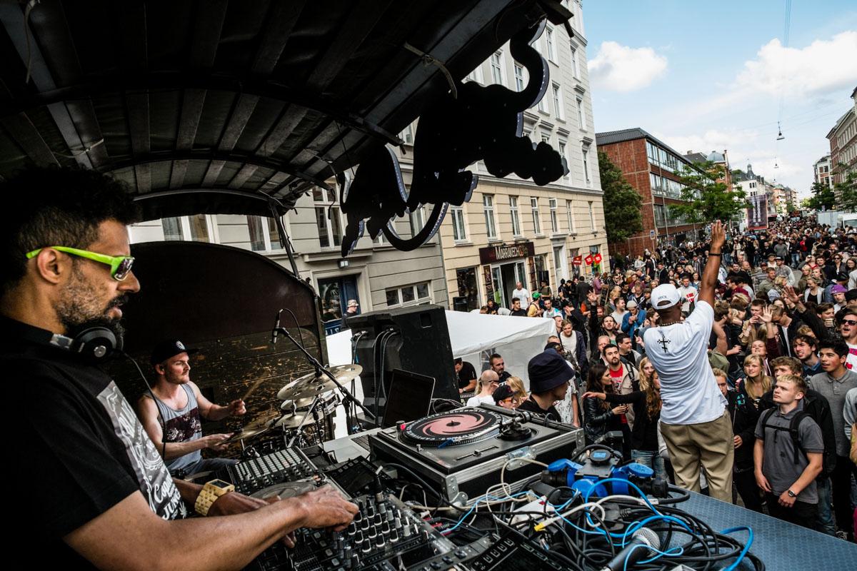 MC Black Daniels live feat. Anders Meinhart, Nico de Frost & Alvarado